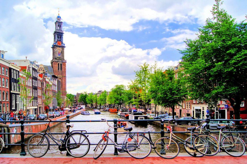 тур в амтсредам, автобусом на море через амстердам, амстердам из минска